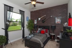 18-guest bedroom 2