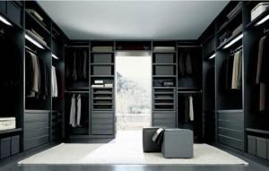 closet-walk