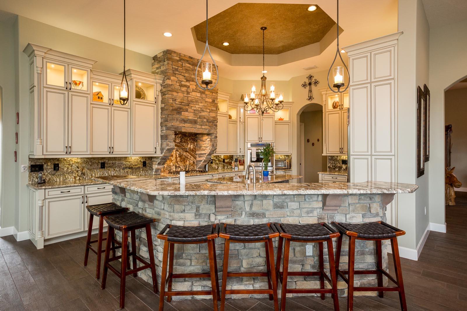custom kitchens. Custom Kitchens R