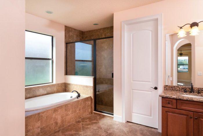 13-Grand Villa bath (2)
