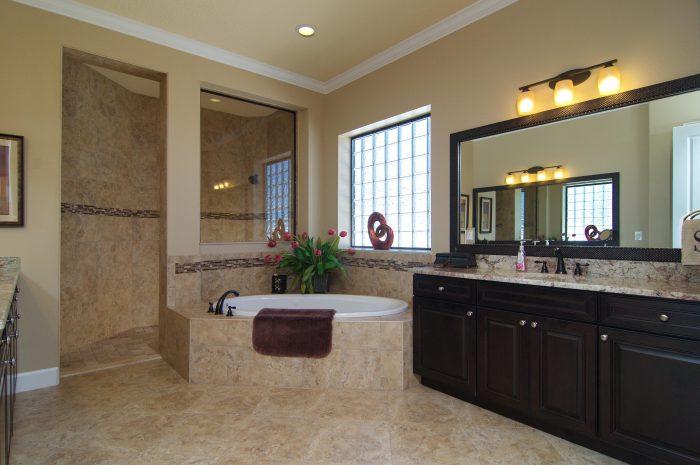 13Master Bathroom