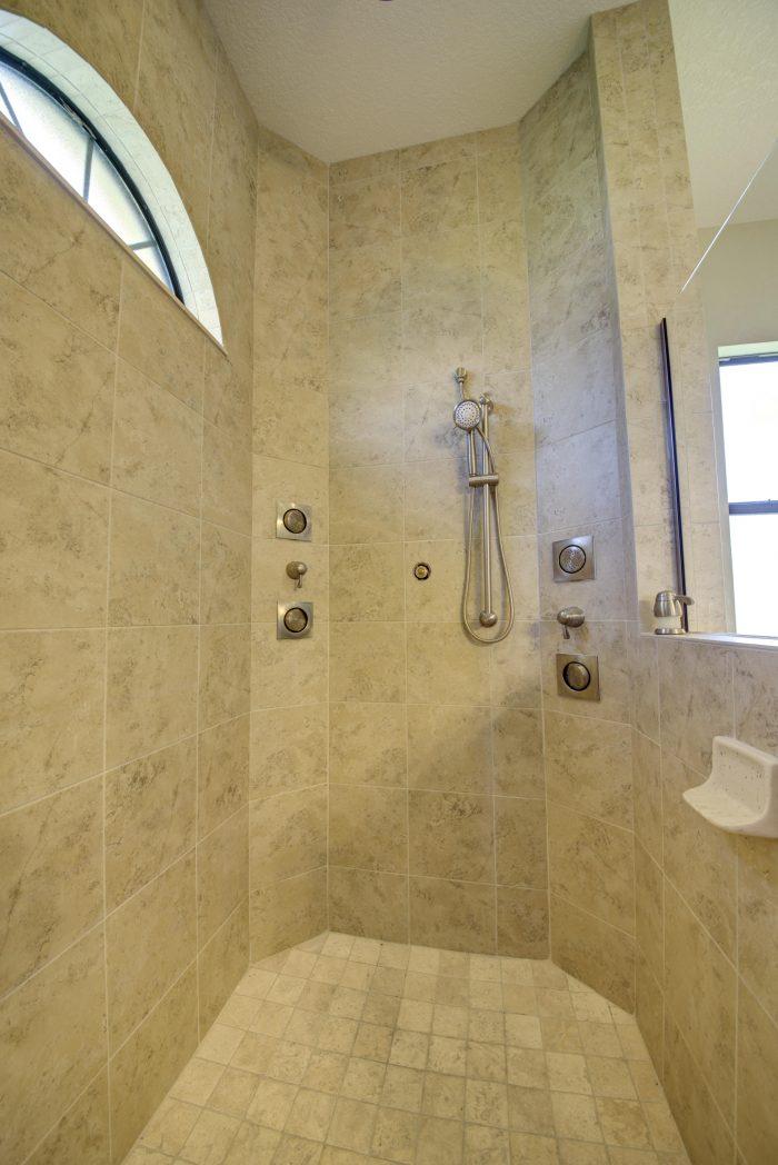 16Great Walk-in Shower
