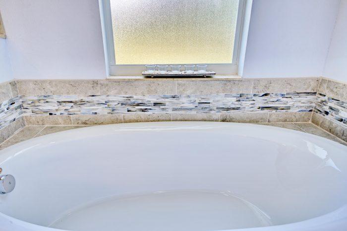 Beautiful Tile work around soaker tub