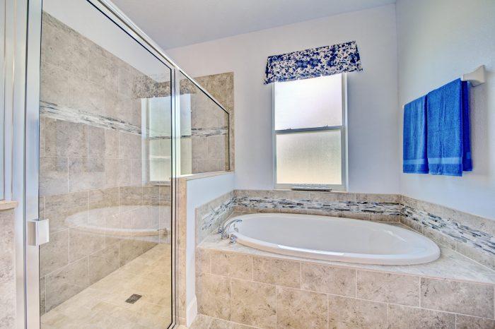 Master Bath & Walk-in Shower (2)
