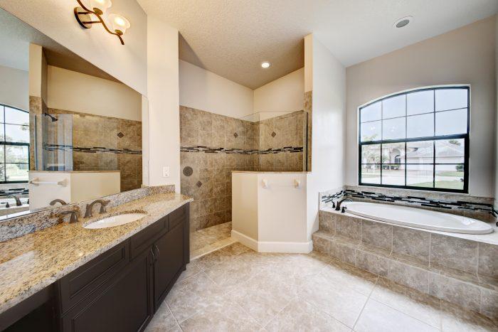 Master Bath & Walk-in Shower