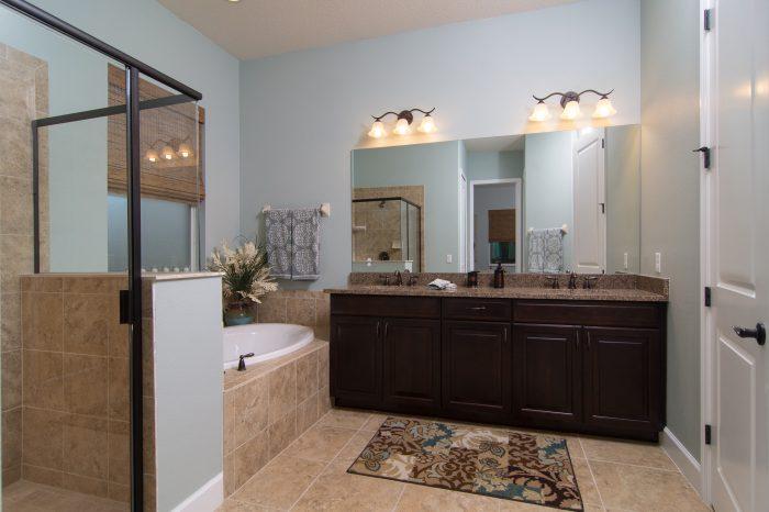 Master_Bathroom (3)